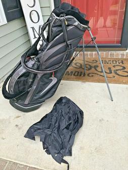 Nike Black Dual Strap Carry Stand Bag/With Rain Cover